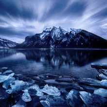 Canadian Rockies, Ice, Shore, Alberta