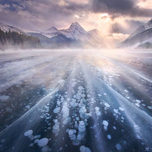 Canadian Rockies, Ice, Lake, Frozen, Bubbles, Peaks