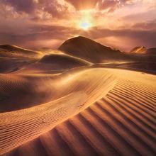 United Arab Emirates, Light, Vibrant, Beams, SUnset, windy, dunes