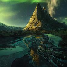 Mackenzie, nwt, nahanni, Yukon, canada, aurora, peaks