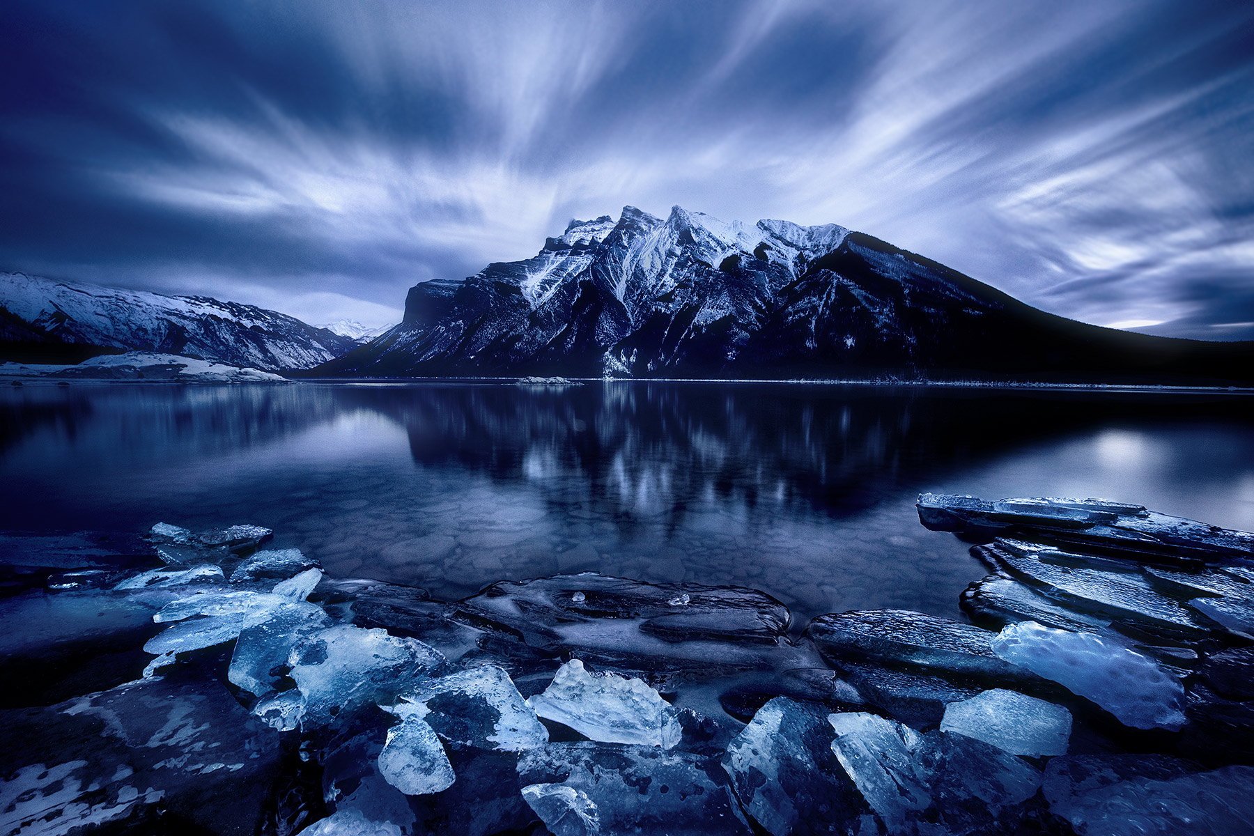 Canadian Rockies, Ice, Shore, Alberta, photo