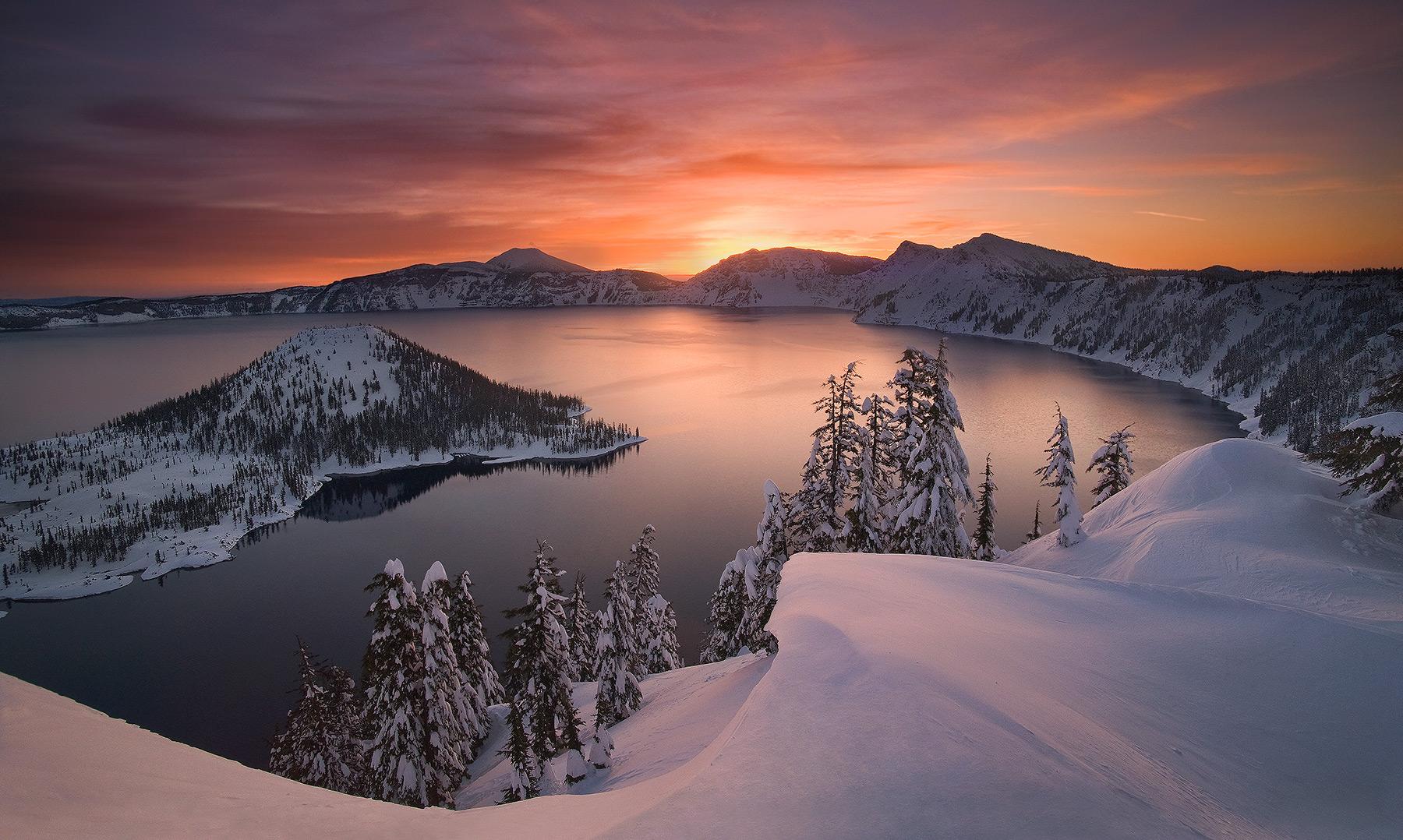rare, striking, beauty, oregon, crater lake, lake, winter, national park, photo