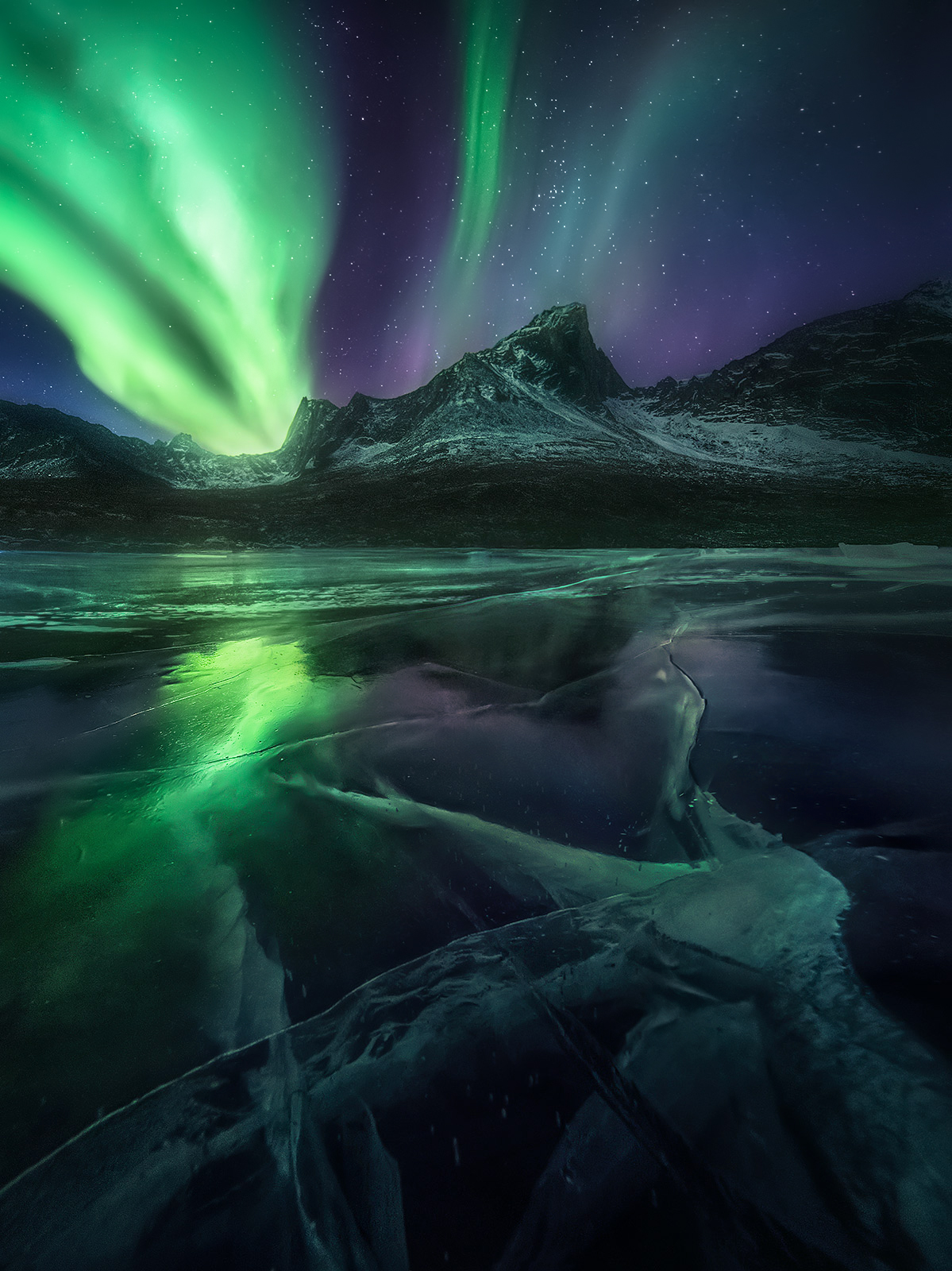 aurora, ice, frozen, lake, reflection, Yukon, Canada, arctic, photo