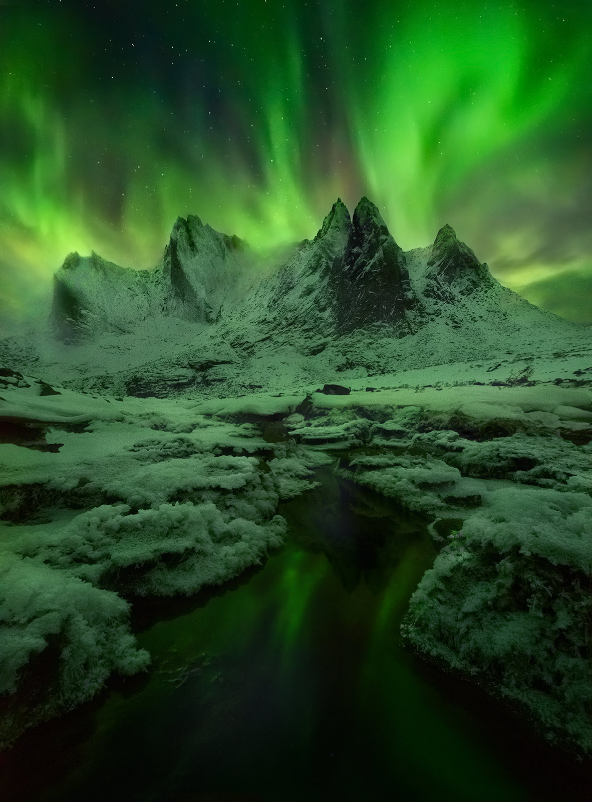 Mist, Cliff, Ogilvie Mountains, Yukon, Aurora, peaks, snowy, photo