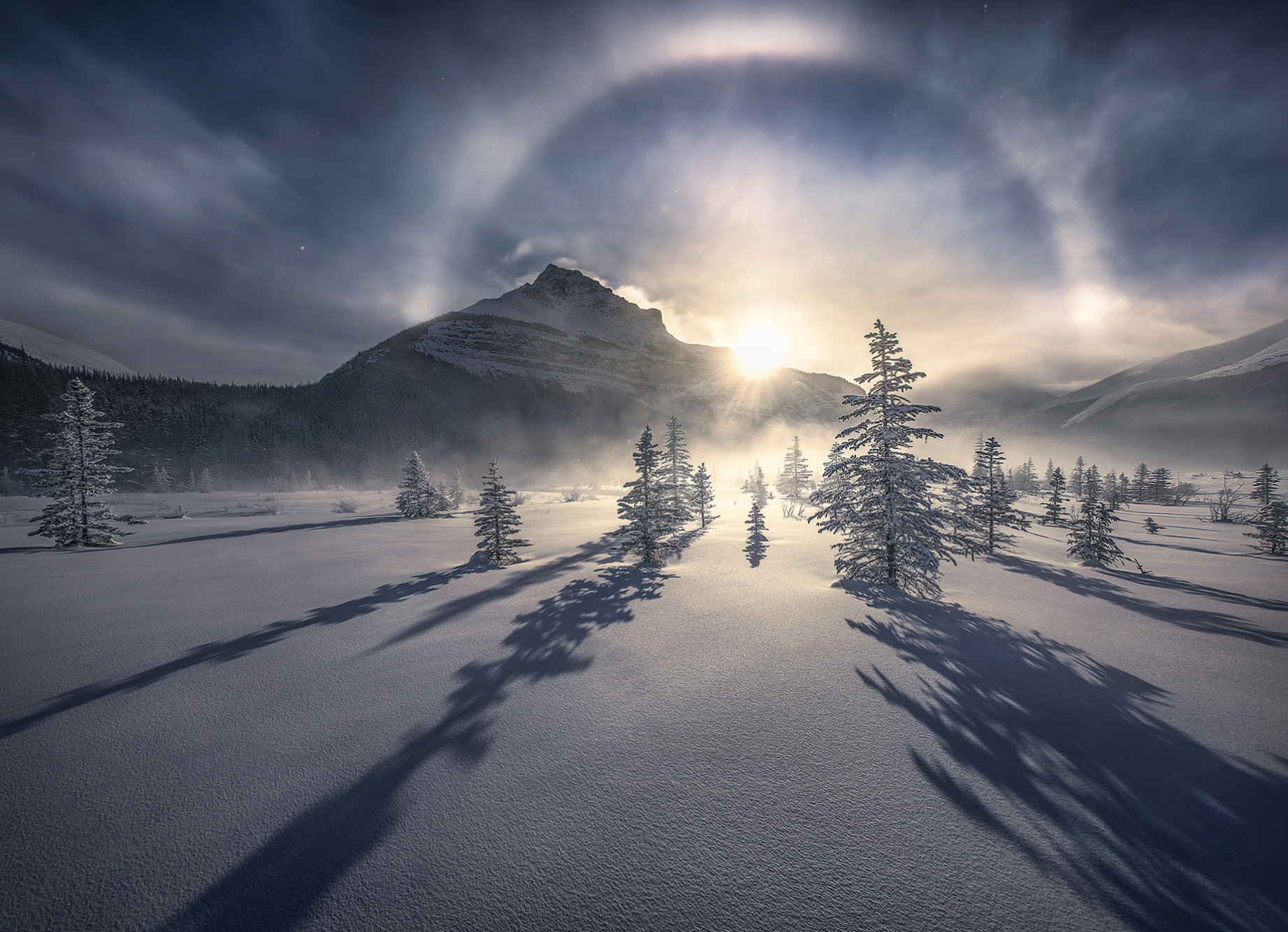 below zero, icebow, ice, sundog, frigid, minus forty, Canadian rockies, jasper, photo