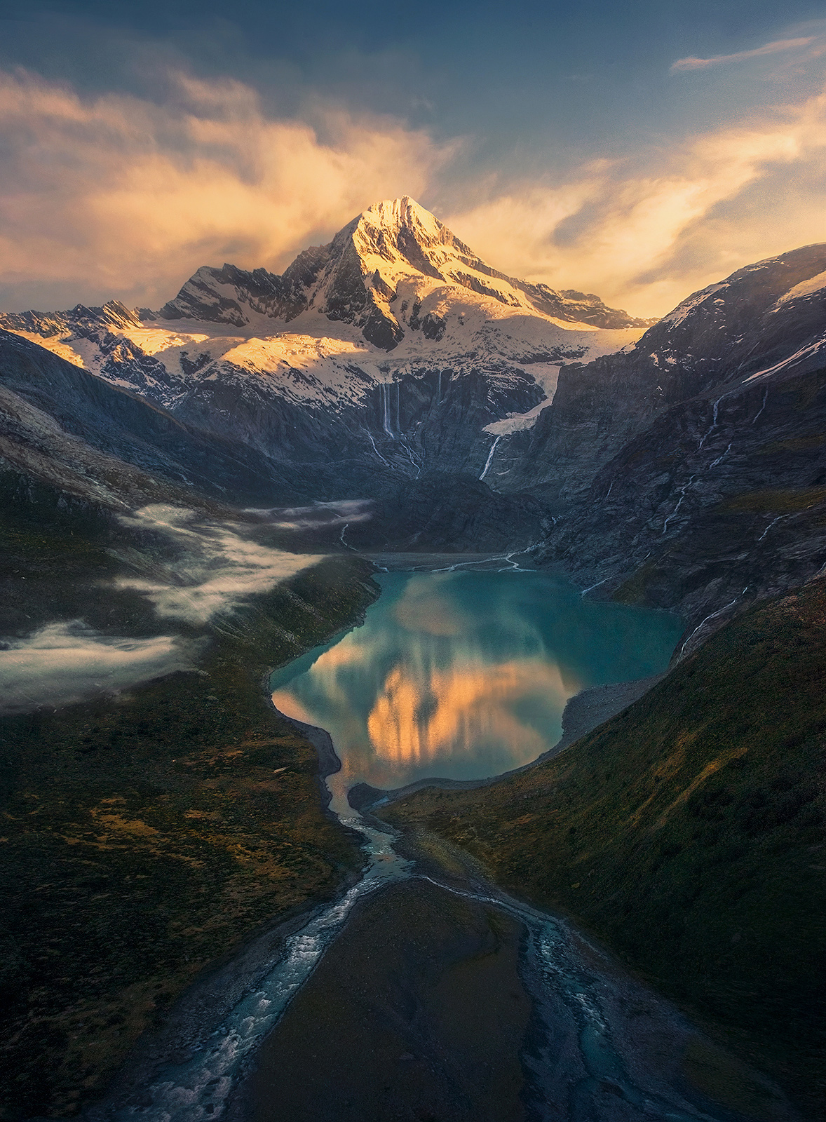 There aren't many views like this on Earth, but it's New Zealand so......