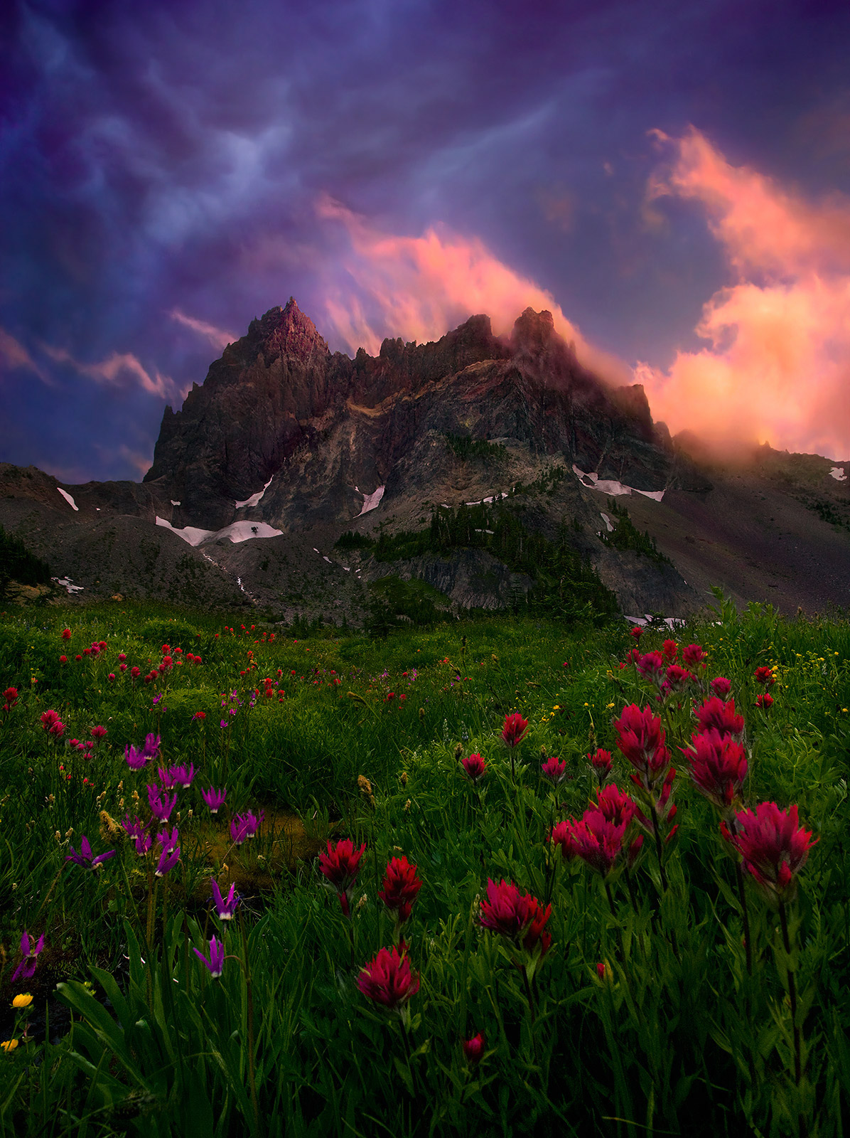 An amazing sunset show over rugged peaks in Oregon's Cascade Range.